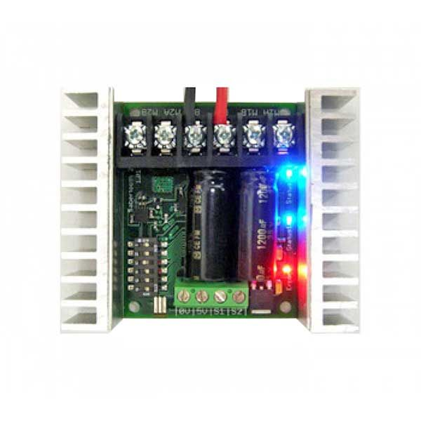 Sabertooth Dual 25A Motor Driver in use